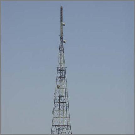 Galvanized Monopole Tower Microwave Telecommunication Tower