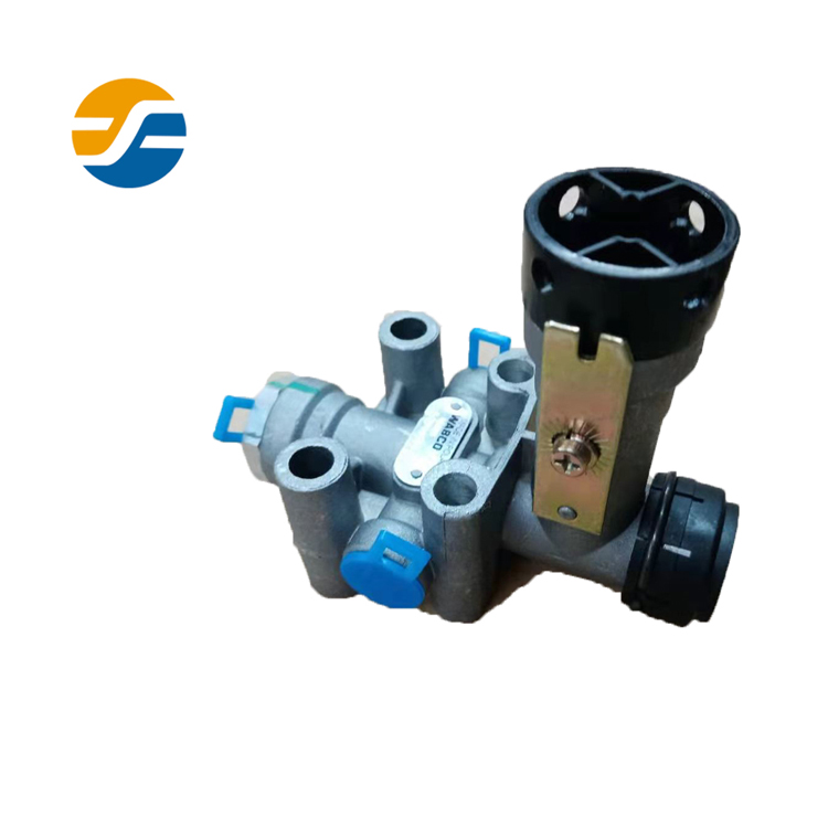 Wabco Height Valve 4640060020 Leveling Valve High Quality Low Price Bus Spare Parts Original Parts 4333003854