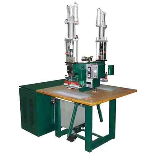 Máquina de soldadura de Hf de calentamiento dieléctrico de presurización de cabeza en T