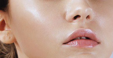 Moisturizing Helps Skin Stay Young